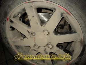Замена передних тормозных дисков и колодок на Ford Ka  - Remont-avto.info