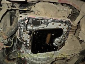Самостоятельная замена масла в автоматической коробке передач на автомобиле (Хендай Матрикс)_3