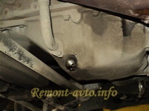 Самостоятельная замена масла на автомобиле Volkswagen Passat b 5 с двигателем 1.8 турбо.