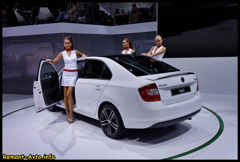 Skoda-Rapid-2015-photo-rear