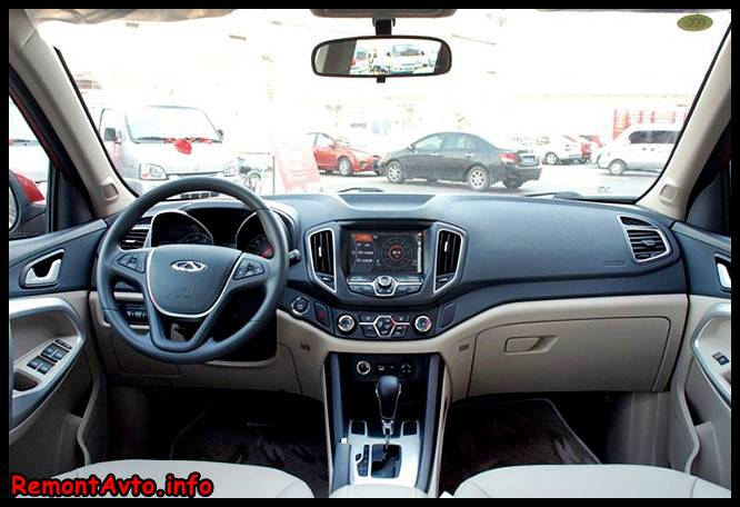 Обзор нового автомобиля Черри Тиго 5 - фото салона