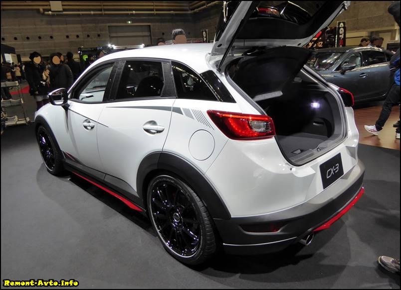 2015_Mazda_CX-3 фото багажника