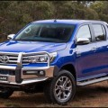 2016-toyota-hilux-top-1