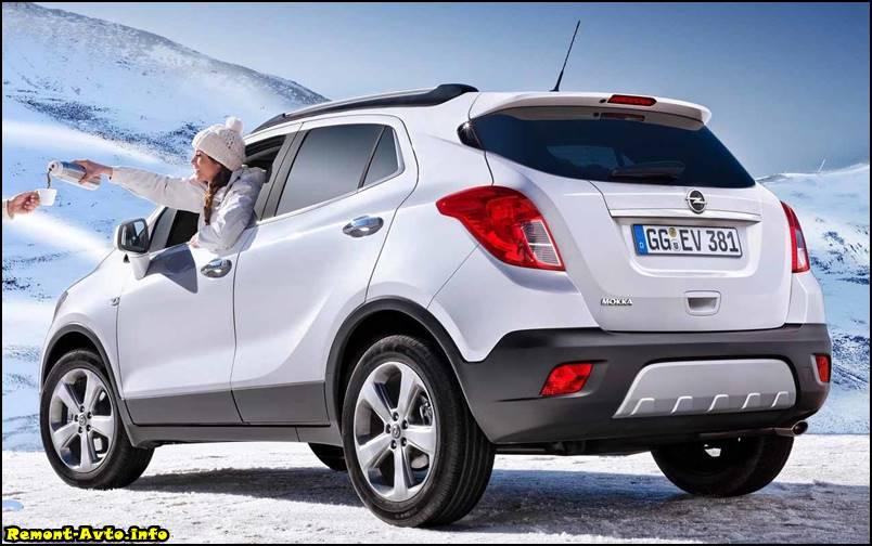 Opel-Mokka-2015-2016-foto задняя часть